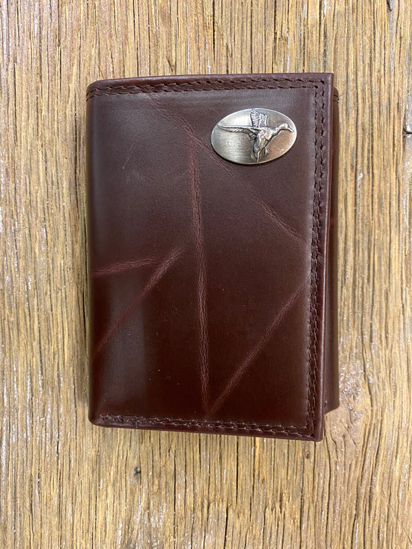 Duck Brown Wrinkle Leather Tri-fold Concho Wallet