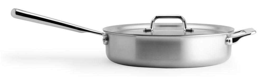 Sauté pan: the silhouette of the Misen Sauté Pan