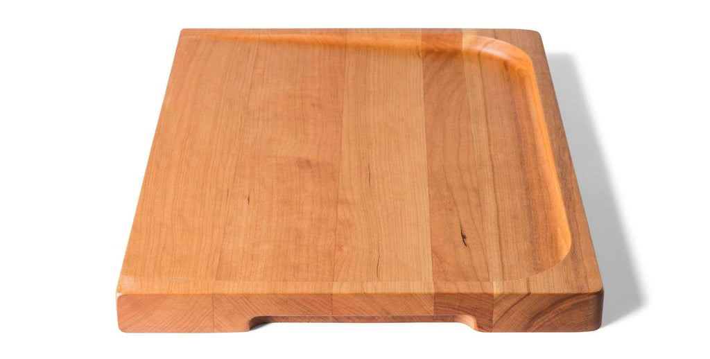 Best wood for cutting board: the Misen trenched cutting board in cherry wood