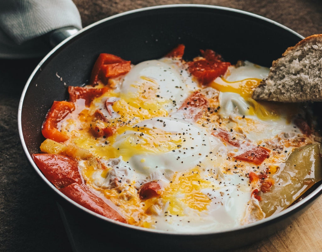 Nonstick cookware: an egg skillet prepared in a nonstick pan