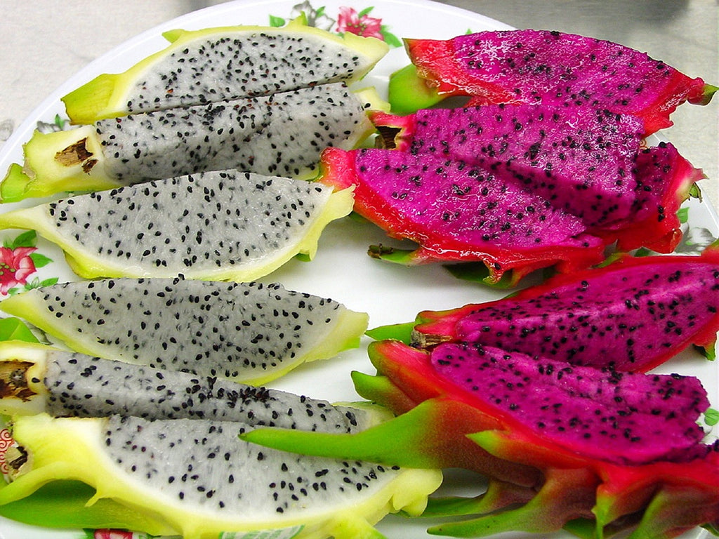 how to cut a dragon fruit: dragon fruit in wedges