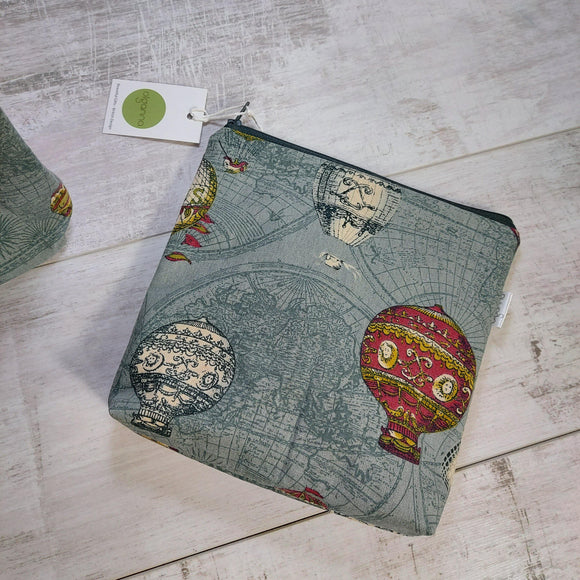 👀 - SALE - SQUARE ZIP POUCH STEAMPUNK BALLOON - Olganna
