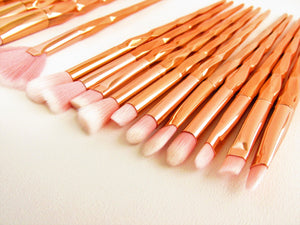 Rose Gold Make Up Brushes. Set of make up brushes. Stocking Filler. Gift idea for her.