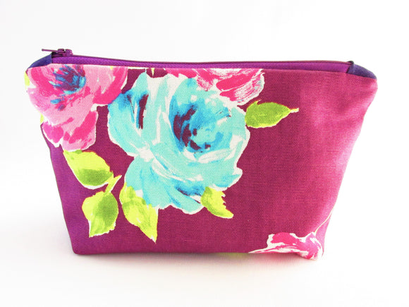 Large cosmetics bag in Floral Print - Olganna