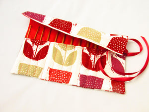Red and white crochet hook bag