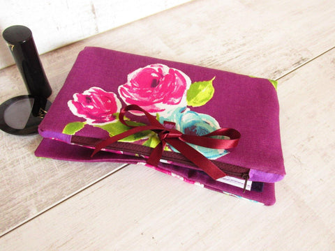 Make up organizer in Plum Floral