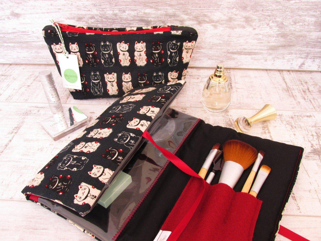 Make Up Wrap and Brushes Set