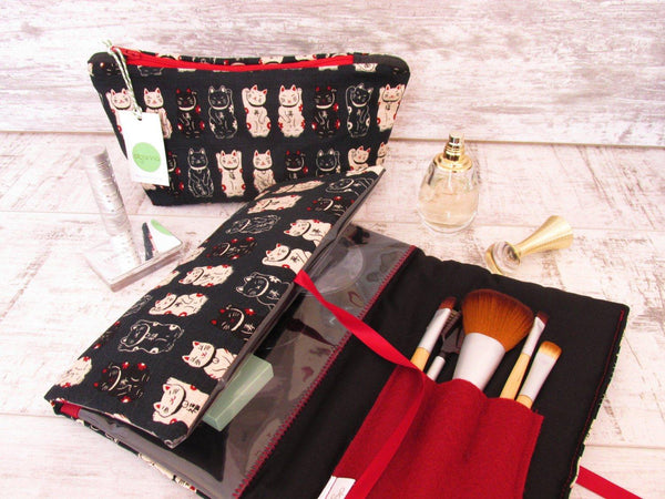 Gift set for cat lovers, Cosmetics Bag, Make Up Wrap and Brushes Set
