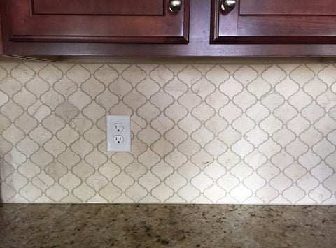 Crema marfil arabesque lantern backsplash tile