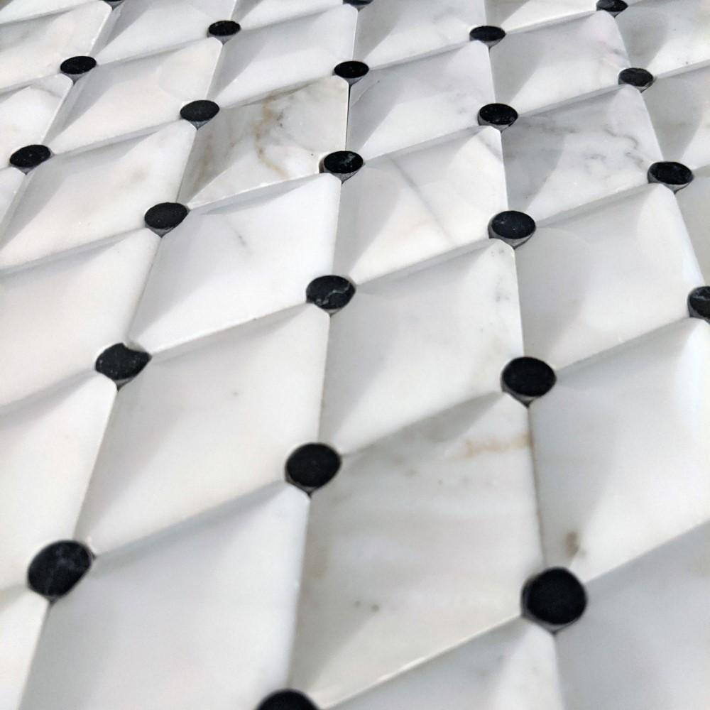 Calacatta (Calcutta) Gold Waterjet Mosaic Tile with Black Marble Accent Dots in 3D Diamonds - TileBuys