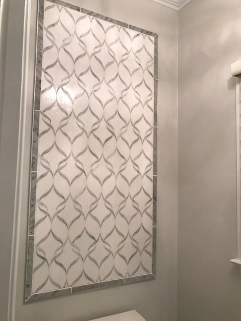 White Thassos and Bianco Carrara Marble Waterjet Mosaic Tile in Ballet Ribbon - TileBuys