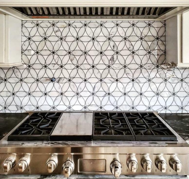 White Thassos, Calacatta Gold, and Grey Marble Waterjet Mosaic Tile in Starburst - TileBuys