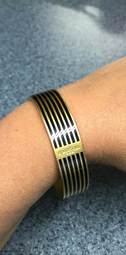 SPARTINA BLACK STRIPED BANGLE