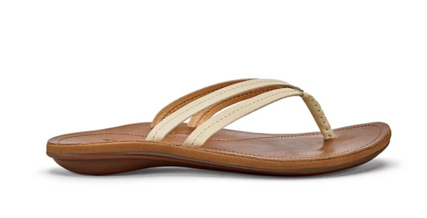 OLUKAI WOMEN'S U'L LEATHER BEACH SANDAL IN TAPA/SAHARA