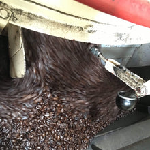 Aged Mocha Java Coffee Beans Roasting