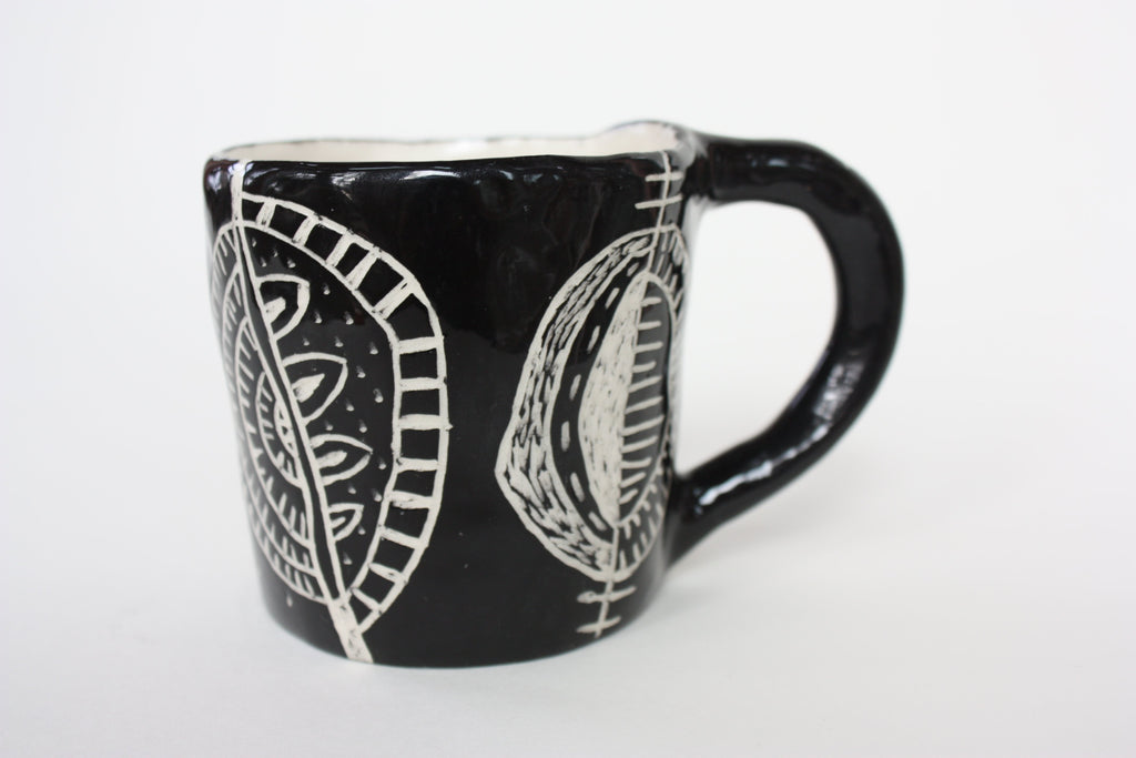 Mug with Seed Shapes (0111)