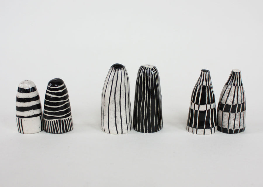 Salt & Pepper Shakers (389)