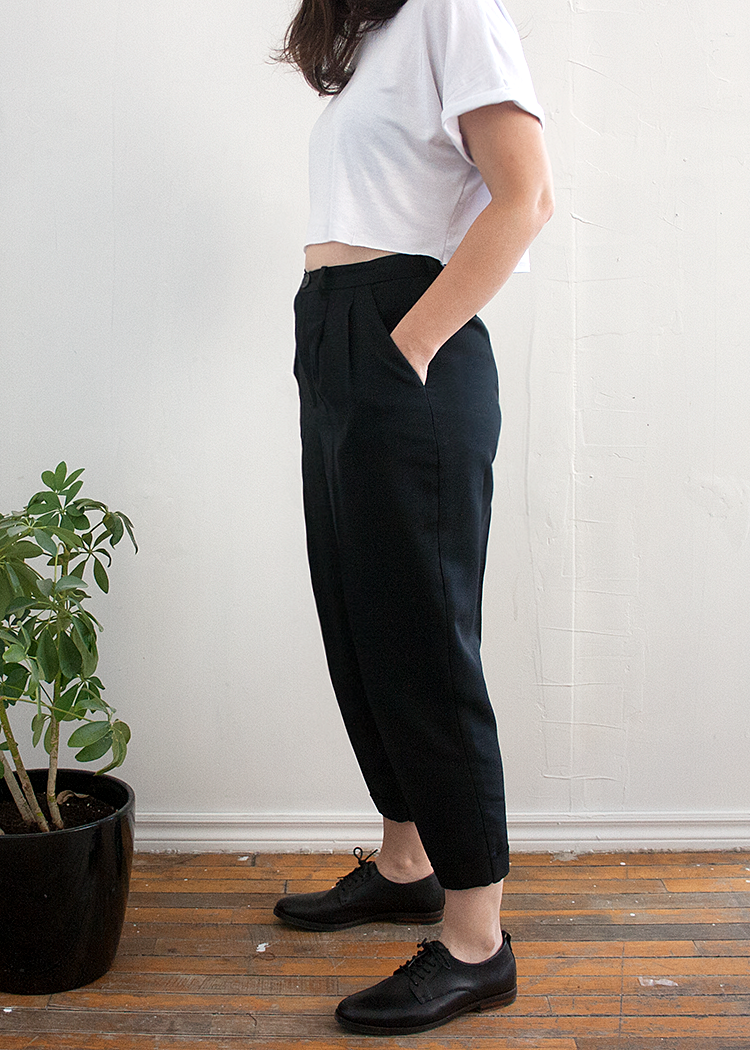 HALL the cropped trousers - PDF sewing pattern by Kommatia Patterns
