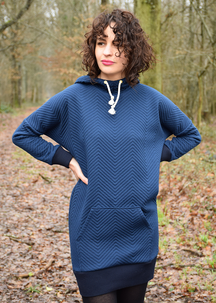 MYSIG the sweatshirt dress - PDF sewing pattern by Kommatia Patterns