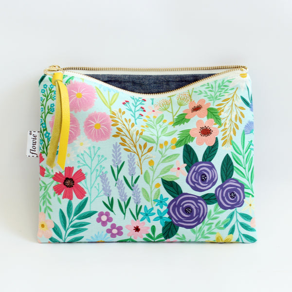 Large Zipper Pouch, Imaginary Field, mint