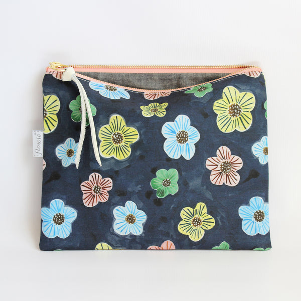 Large Zipper Pouch, Floral dots