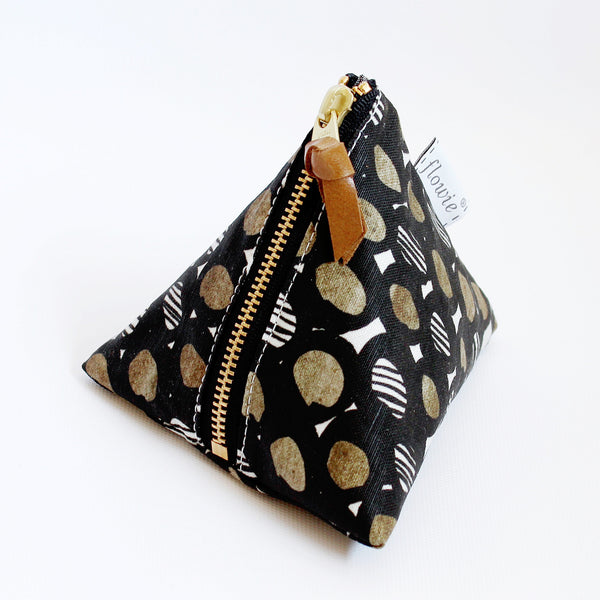 Triangle Zipper Pouch, Mila