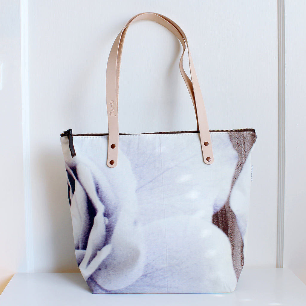 Flash Sale: Tote
