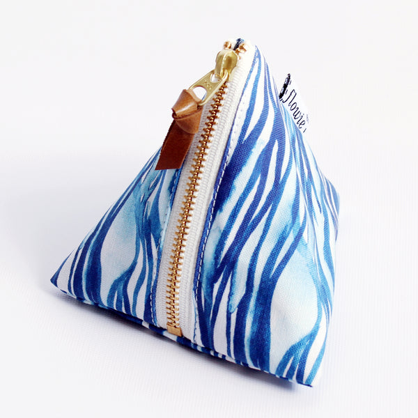 Triangle Zipper Pouch, Nami