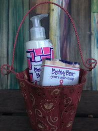 Pink Betsy Gift Basket -Betsy Zum Bar & Betsy Body - Collette's Cottage