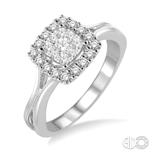 Lovebright Square Shape Round Diamond Halo Ring