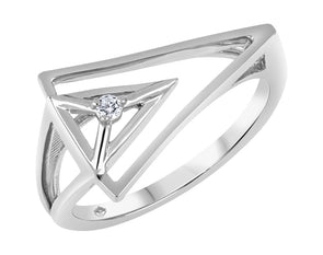 Abstract Triangular Diamond Ring