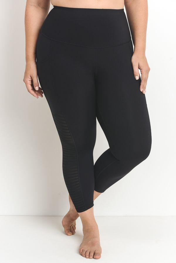fair-shade - Marsha- Plus Size Performance Capris -Black - Clothing