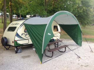 R-POD Trailer Side Awning -