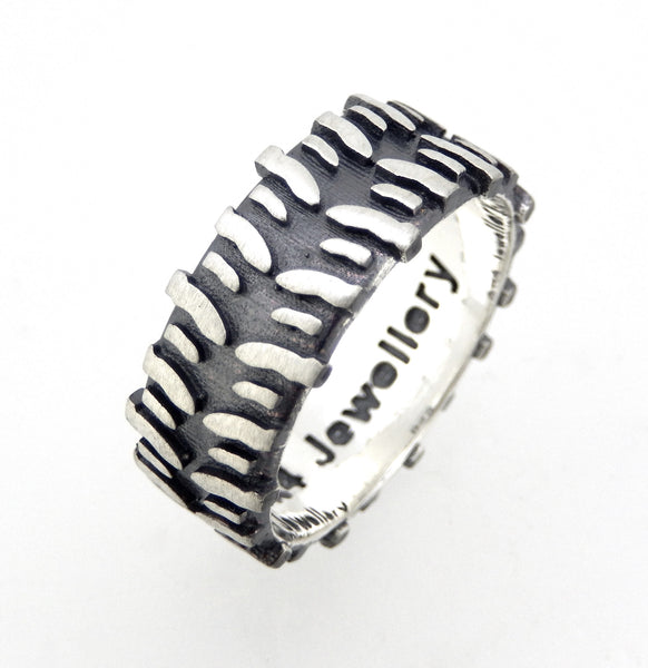 Sterling Oxidised Silver Swamper Treadz Ring