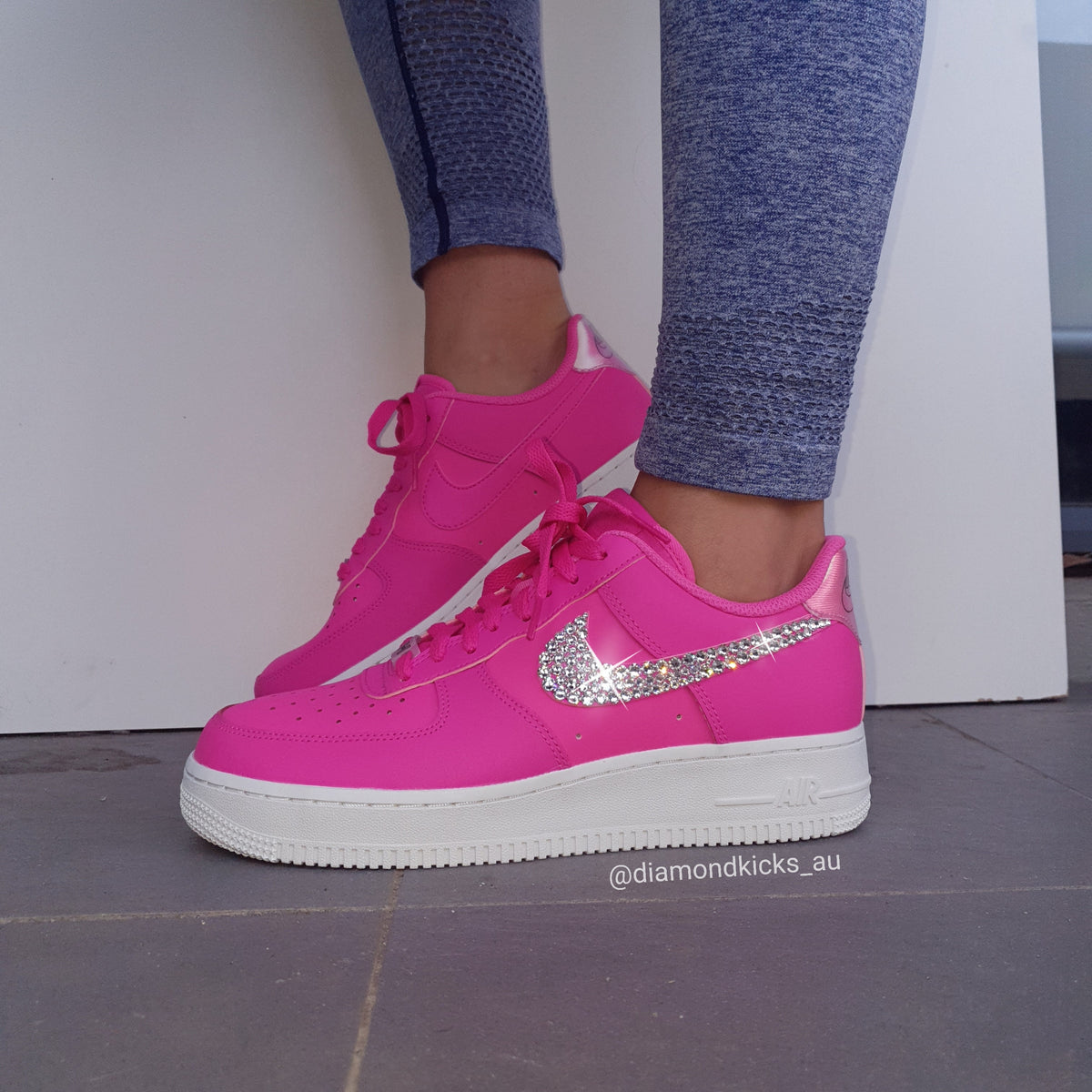 47c0948171f18 Swarovski Nike Custom Designed Diamond Shoes