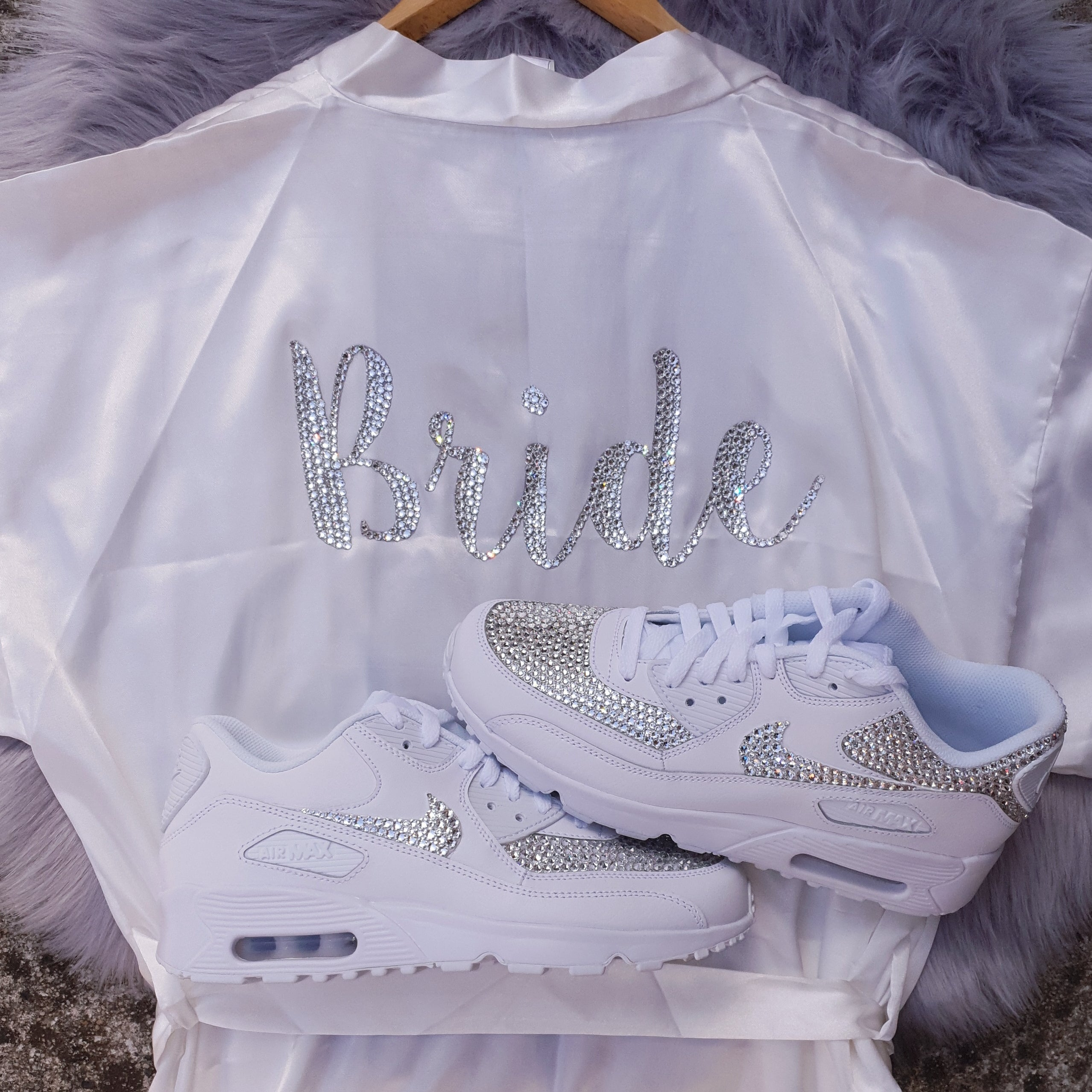 Nike Air Max 90 (White- Maximum Bling)