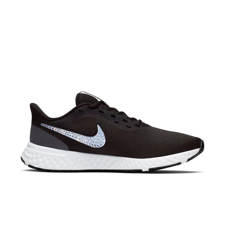 Nike Women Revolution 5 (Black/White)