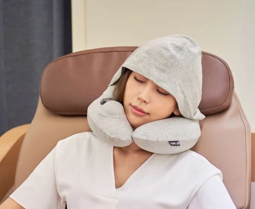 tak-hing-mart-travelmall-switzerland-inflatable-nursing-neck-pillow-with-3d-pump-and-foldable-hood