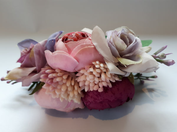 Floral Bridal Hand-tied Satin Emulational Berries Wrist Corsage