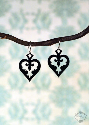 Spade Heart Fleur de lis Earrings in black
