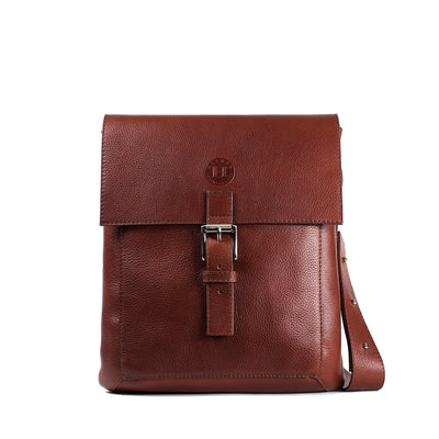 Holden Compact Messenger Bag - Chestnut