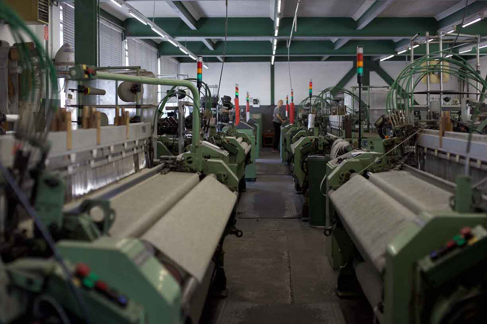 traditional looms for textile manufacturing in Europe