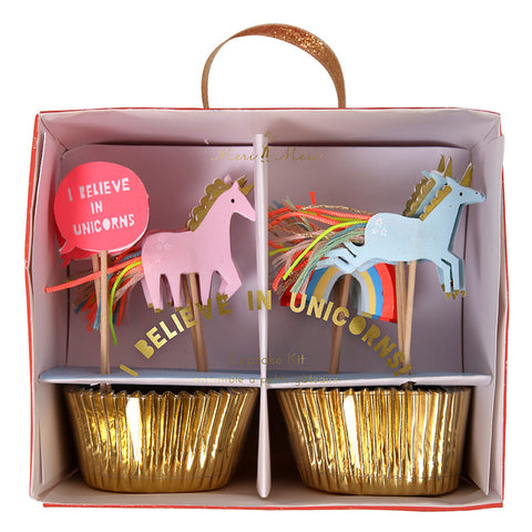 I believe in Unicorns cupcake kit - Miss Coppelia