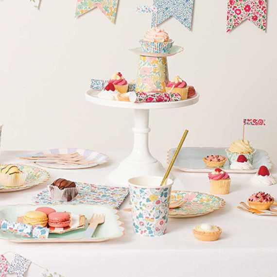 Liberty Betsy cupcake kit - Miss Coppelia