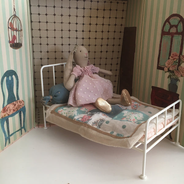 Cama de metal mini blanco - Miss Coppelia