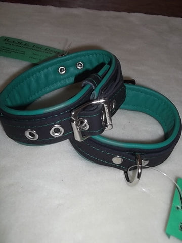"1 1/4 "" Wide Collar"