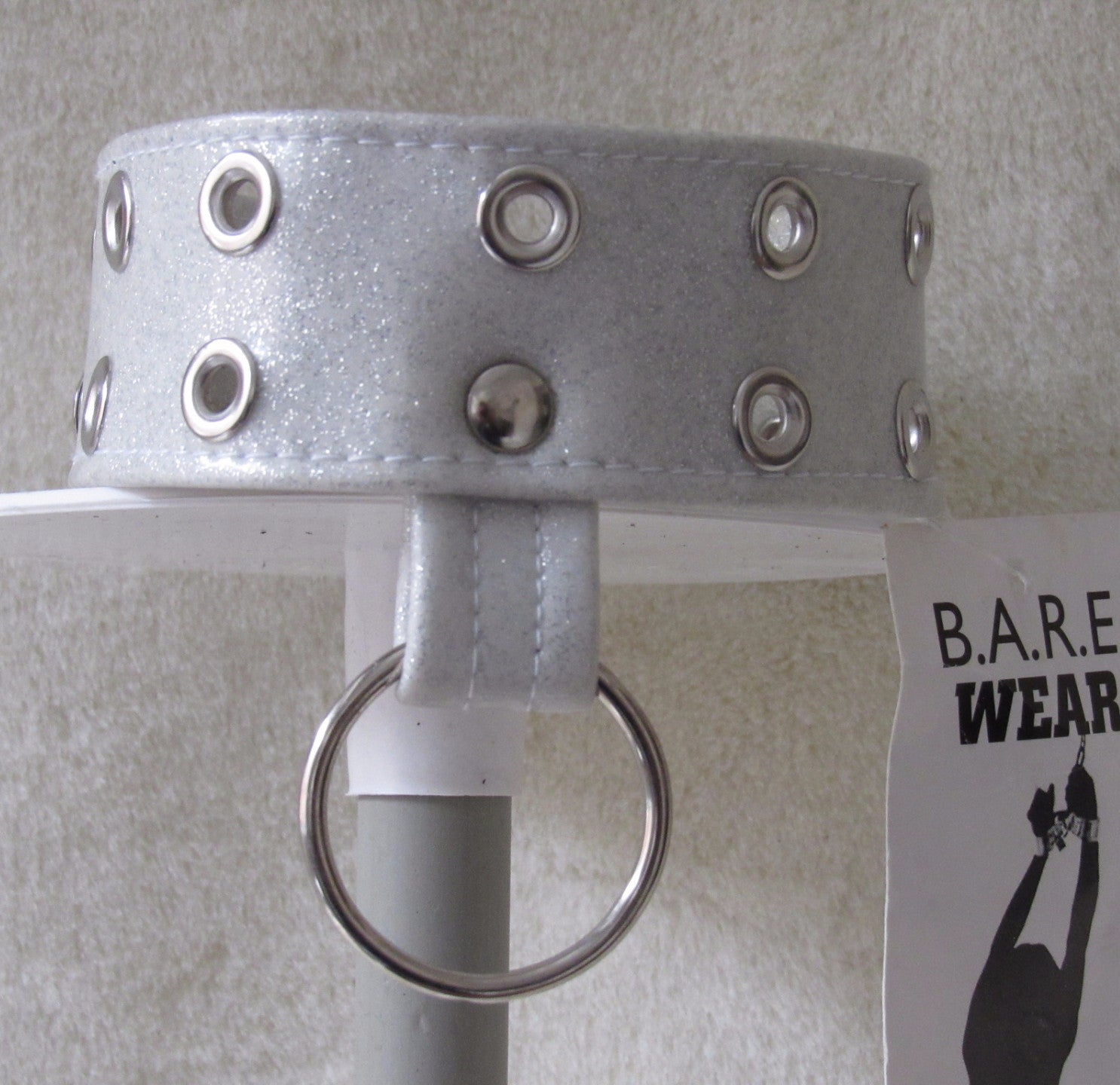 Eyelet Collar with unwelded 'D' Ring