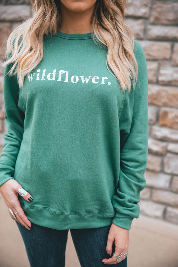 Wildflower Graphic Sweatshirt - Barefoot Dreamer