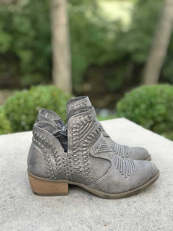 Bailey Ankle Booties with Detailed Stitching - Barefoot Dreamer