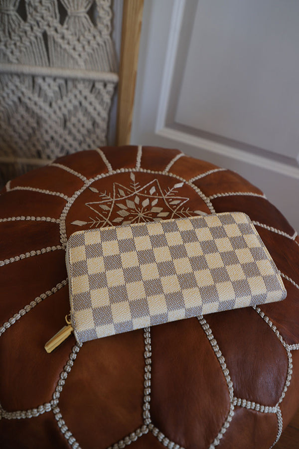 The Luxe Zippy Wallet - Cream